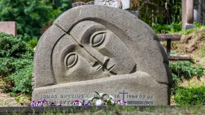 Visiting-Antakalnis-Cemetery-in-Vilnius-Lithuania.jpg